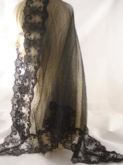 black mantilla veil